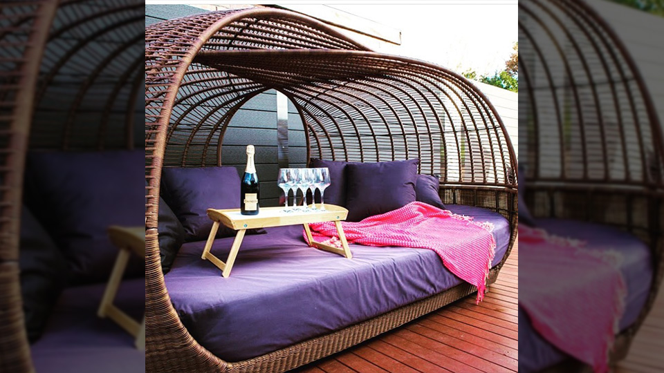 Lorena sourced this custom made day bed in Bali