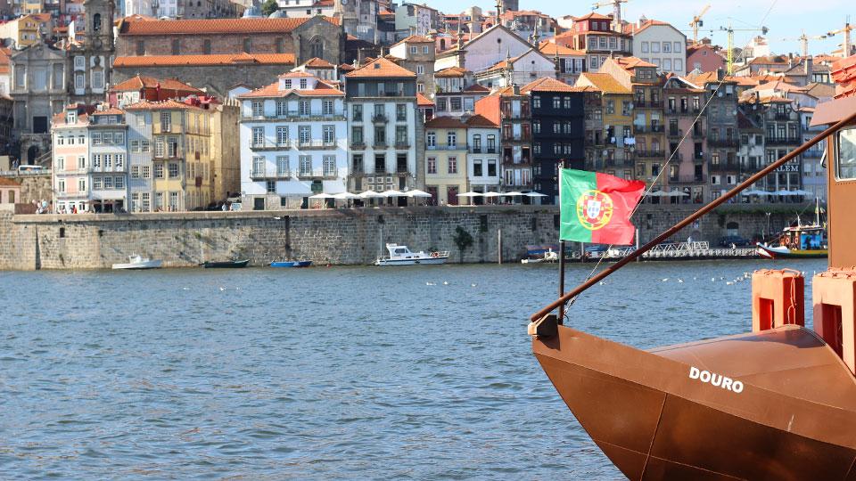 6 bridges boat cruise Porto