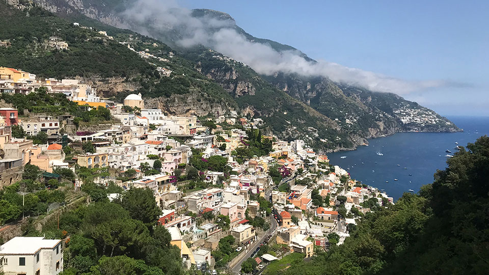walk from top to bottom of Positano
