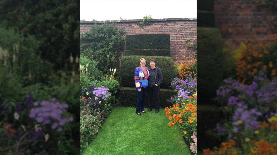 Alys and Majella: earning extra income at home