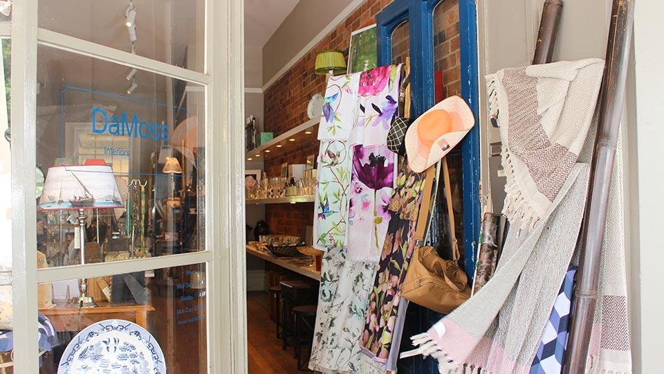 Piper St, Kyneton shopping