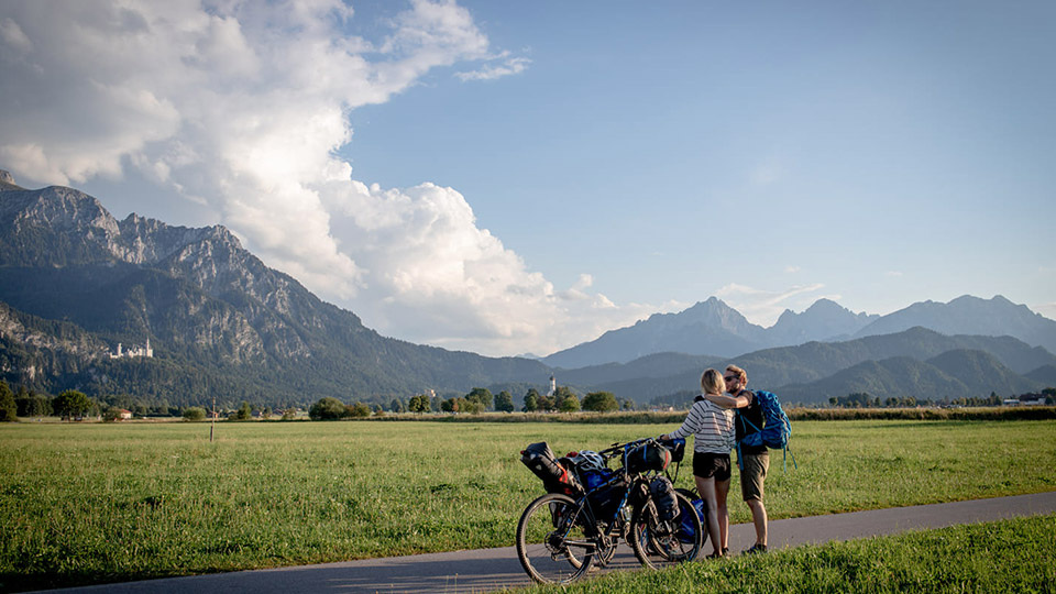 Woman trades corporate job and city life to travel the world by bike