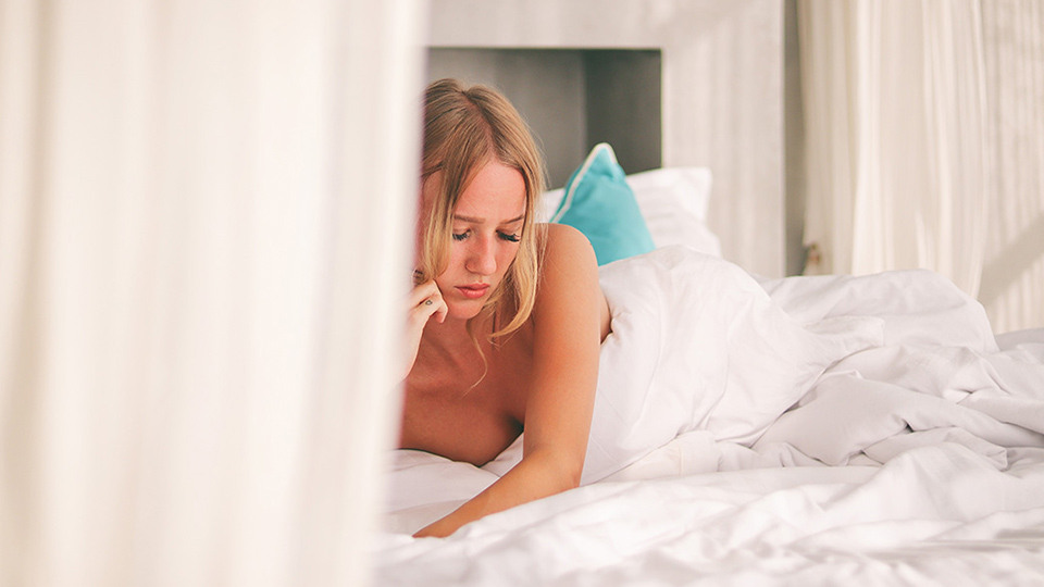 A psychologist on 5 ways to calm an overactive mind before bed