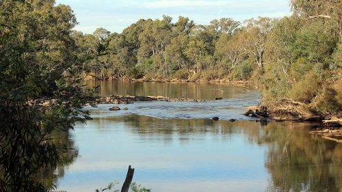 Travel guide to Seymour, Victoria: where to eat, stay and play