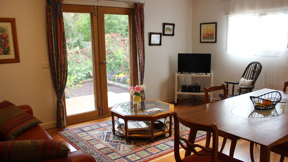 La Rosearie Airbnb accommodation Woodend