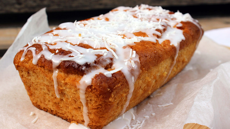 Vegan zesty lemon loaf
