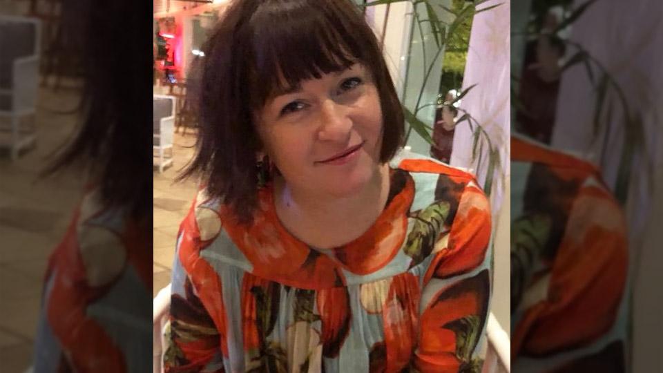 Nina Hendy - business and finance journalist