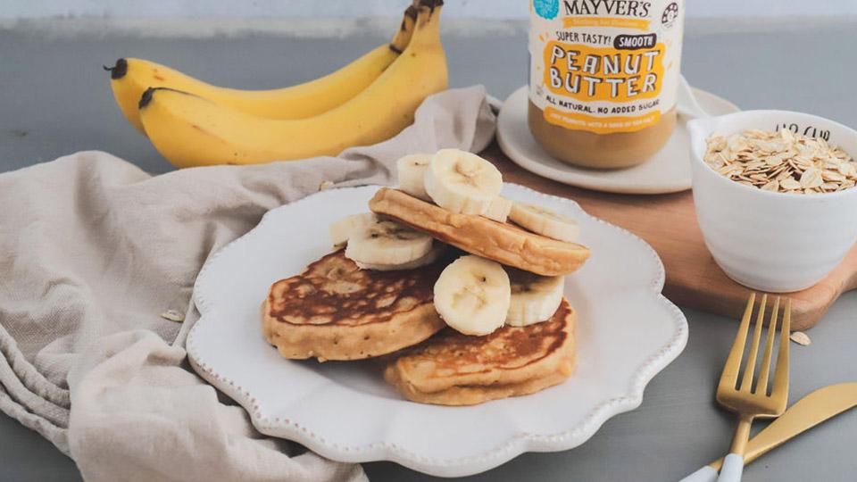 Peanut butter oat pancakes