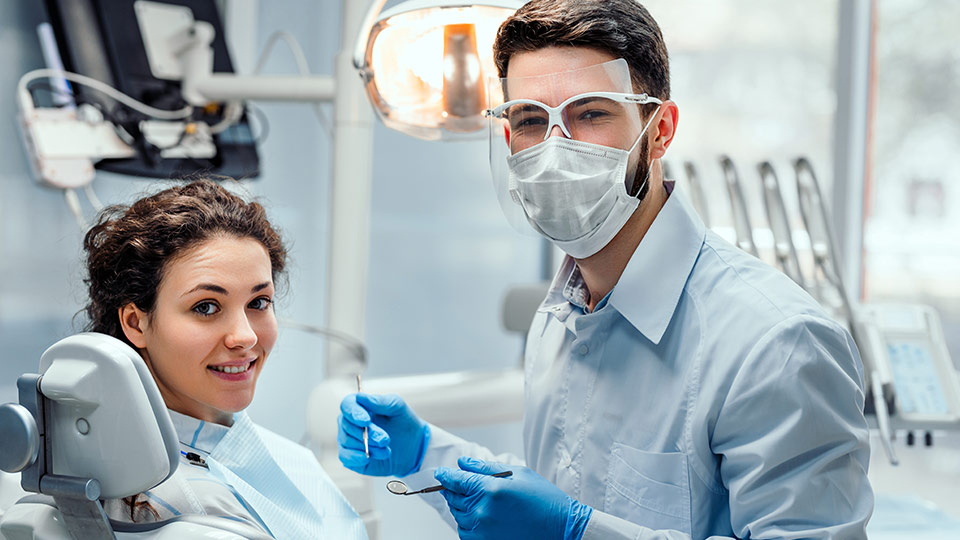 5 benefits of visiting a dentist in Maryborough