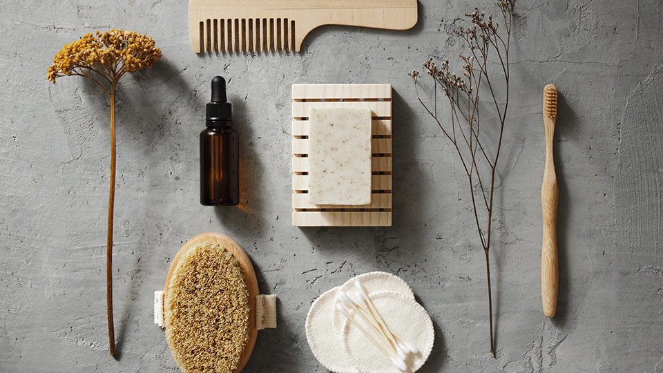 5 simple eco-friendly swaps for the bathroom