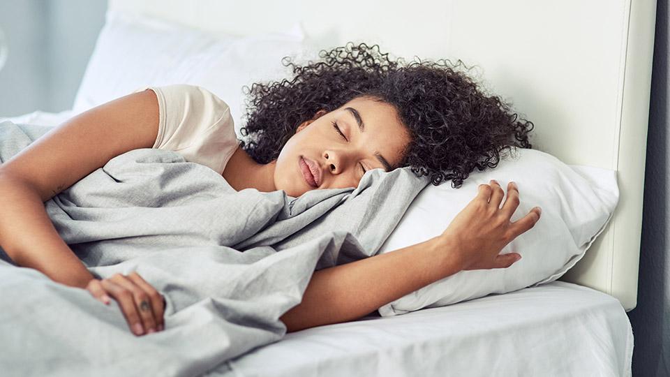 5 foolproof ways to get a good night's sleep