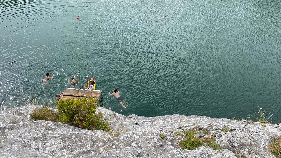 Things to do in Mount Gambier: Little Blue Lake