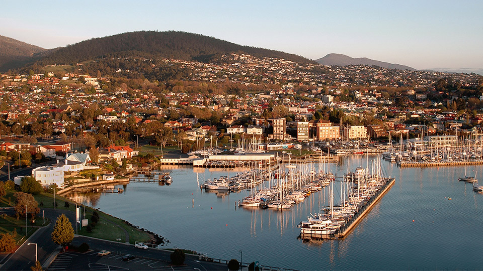 Travel guide to Hobart, Tasmania: things to do, attractions, accommodation